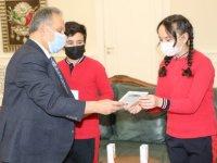 Talas Belediyesi'nin öğretmen başkanı Yalçın'ı ziyaret etti
