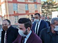 CHP'liler tarafından mahkemeye verilen şehit babasının yargılandığı dava ertelendi