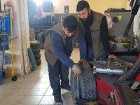 Engelli vatandaş hayalini kurduğu oto lastik ve oto yıkama dükkanını açtı
