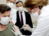 Erü Rektörü Çalış Yerli aşının Faz-1 çalışması başarı ile tamamlandı
