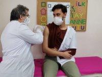 Kayseri'de 10 bin sağlık çalışanı aşı oldu