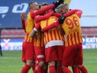 Kayserispor Yeni Hocası Petrescu İle 3 puan aldı