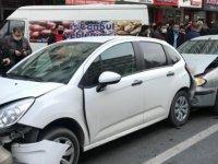 Kayseri'de feci kaza: araçlar kullanılmaz hale geldi-video