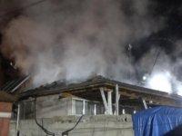 Kocasinan sancaktepe'de müstakil ev yandı
