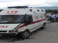 Hasta taşıyan ambulansın çarptığı şahıs hayatını kaybetti