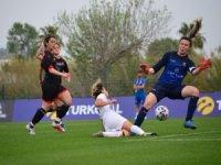 Konak Belediyespor - Kayseri Gençlerbirliği: 0-0