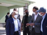 Başkan Büyükkılıç Erkilet mezarlığı'nda yapılan çalışmaları inceledi