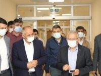 Başkan Büyükkılıç 75 yataklı Yahyalı Devlet Hastanesi'nde