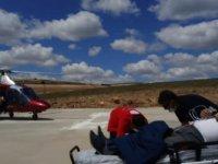 Felahiye'de Arının sokmasıyla şoka giren adam hava ambulansı ile hastaneye kaldırıldı