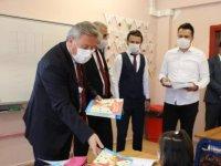 Başkan Palancıoğlu, öğrencilerin heyecanına ortak oldu
