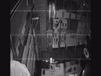Emek istasyon caddesinde hırsız cep telefonu dükkanını soydu