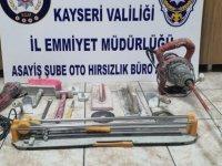İnşaat arabasını çalan uyuşturucu satıcıları yakalandı
