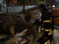 Hürriyet mahallesinde 2 katlı müstakil ev yandı