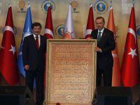 Davutoğlu'nun Necip Fazıl Kısakürek'in 'Utansın' şiiri