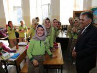 Eğitim ve Eğitimcinin Dostu,Hayırsever Melikgazi'den Eğitime Destek