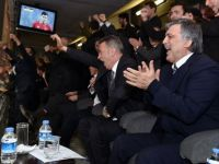 Abdullah Gül'ün Beşiktaş sevinci
