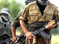 Teröristler barikat kurup silahlandı