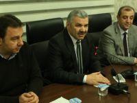Çelik AK Parti Melikgazi İlçe Teşkilatı'nın toplantısına katıldı