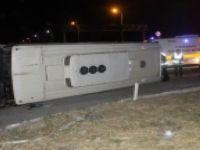 İşçi servisi kaza yaptı:1 ölü, 26 yaralı