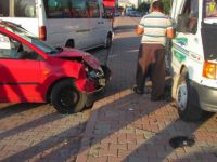 Kayseri'de Zincirleme trafik kazasında 3 araç birbirine girdi