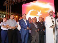 Başkan Çelik demokrasi nöbetini sürdürüyor