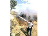 Kepez'de Saman yüklü kamyon alev aldı