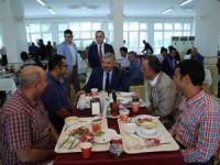 Başkan Çelik, personelle yemek yedi