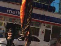Ali Dağından uçan paraşütçü akaryakıt istasyonuna iniş yaptı