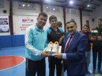 Başkan Cabbar'dan Belediye Voleybol Takımına Ziyaret