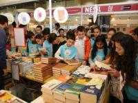 Melikgazi Belediyesi Çocuk Meclisi Üyeleri Kitap Fuarında
