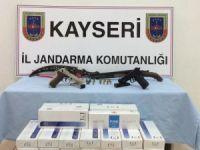 Jandarma'dan kaçak sigara ve silah operasyonu