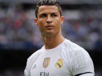 Ronaldo'dan  yardım