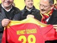 Bakan Özhaseki Kayserispor'u ziyaret etti