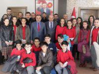 TEOG'da başarılı olan öğrencilerden Başkan Cabbar'a ziyaret