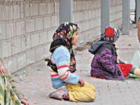 Dilencilik yapan 25 çocuğun ailesine para cezası verildi