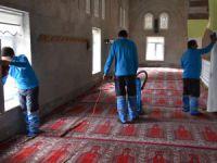 Kocasinan Belediyesi 239 Camiyi Periyodik Şekilde Temizliyor