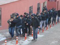 DAEŞ operasyonunda gözaltına alınan 11 kişi adliyeye sevk edildi
