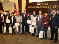 Başkan Çolakbayrakdar, başarılı öğrencileri ödülendirdi