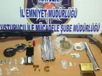 Kayseri'de uyuşturucu operasyonu 5 kişi gözaltına alındı