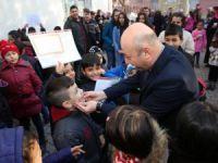 Başkan Çolakbayrakdar, öğrencilerin karne sevincine ortak oldu