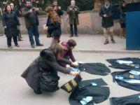 Ankara Üniversitesi Cebeci Yerleşkesindeki akademisyenlere destek eylemine CHP'li yöneticiler ve milletvekilleri de geldi