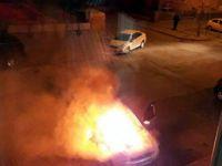 Sahabiye'de otomobil alev alev yandı
