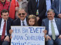 """BAKAN ÖZHASEKİ: """"MUHTIRAYI ALDIĞINDA ŞAPKASINI ALIP GİDECEK BİRİ YOK"""""""
