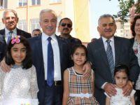 Kayseri'de yaklaşık 295 bin öğrenci karne aldı