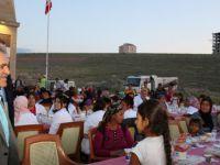 Büyükkılıç, Mimarsinan'da 200 aile ile birlikte iftar yaptı