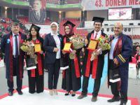 Erü'de 240 öğrenci mezun olma heyecanı yaşadı