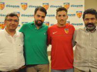 Kayserispor Erkran,Tiago ve Canberk ile sözleşme imzaladı
