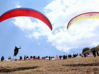 Yamaç Paraşütü ali Dağı Kupası'nda 1. gün sonuçları
