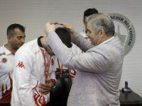 Başkan Çelik, dünya ve olimpiyat şampiyonlarını ödüllendirdi