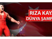 Milli güreşçimiz Kayaalp,Nabi'yi yenerek Dünya Şampiyonu oldu